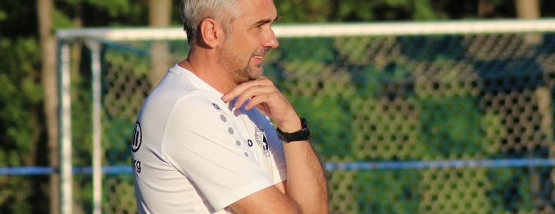 Trainer Elvir Ibrahimovic im Gespräch